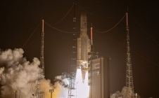 [LIVE] Ariane 5 launch VA25 on October 23