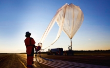 [CNESMAG] Ballooning:a French flair