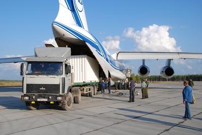 Le compagnon de vol de SMOS, Proba-2, est arrivé sur le cosmodrome de plesetsk le 27 août dernier. Crédits : ESA.
