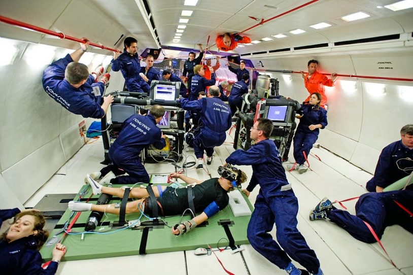 Science experiments on the A300 Zero-G. Credits: CNES, Novespace.