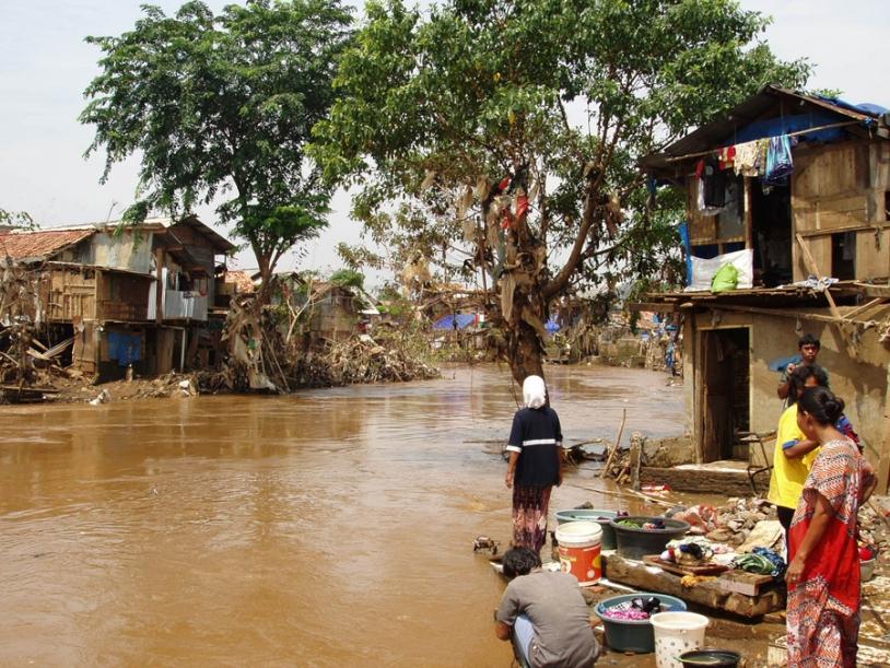 Innondations en Indonésie en 2007. Crédits : EC/ECHO/Anne-Françoise Moffroid.