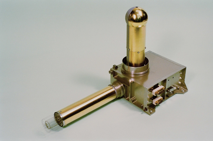 Le senseur COPS de ROSINA est constitué de 2 jauges de pression qui fournissent des mesures de densité et de vitesse du gaz cométaire. Crédits : Université de Berne.